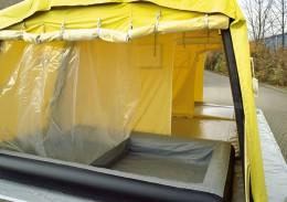 Dusche, Aus- / Ankleide in einem Zelt