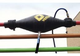 zum Abdichten und kontrollierten Ableiten von Gefahrgut an Flanschen und Rohrverbindungen