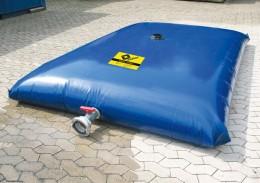 Verstärktes PVC-Material gibt den geschlossenen Wassertanks maximale Stabilität.